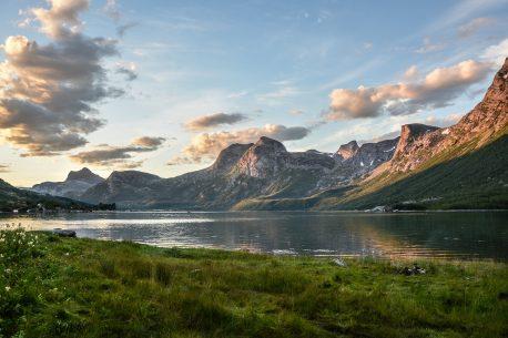 Trekking a cavallo sulle montagne Norvegesi