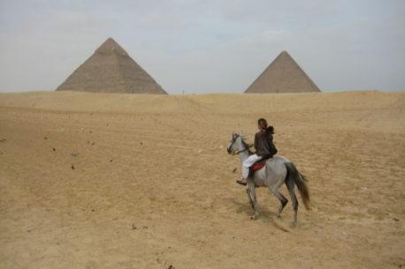 Le piramidi a cavallo